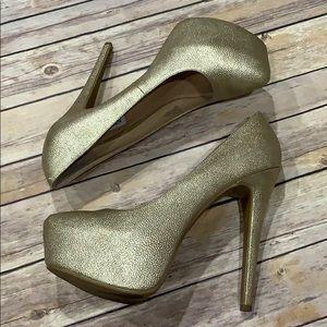 Steve Madden pebbles Gold platform heels